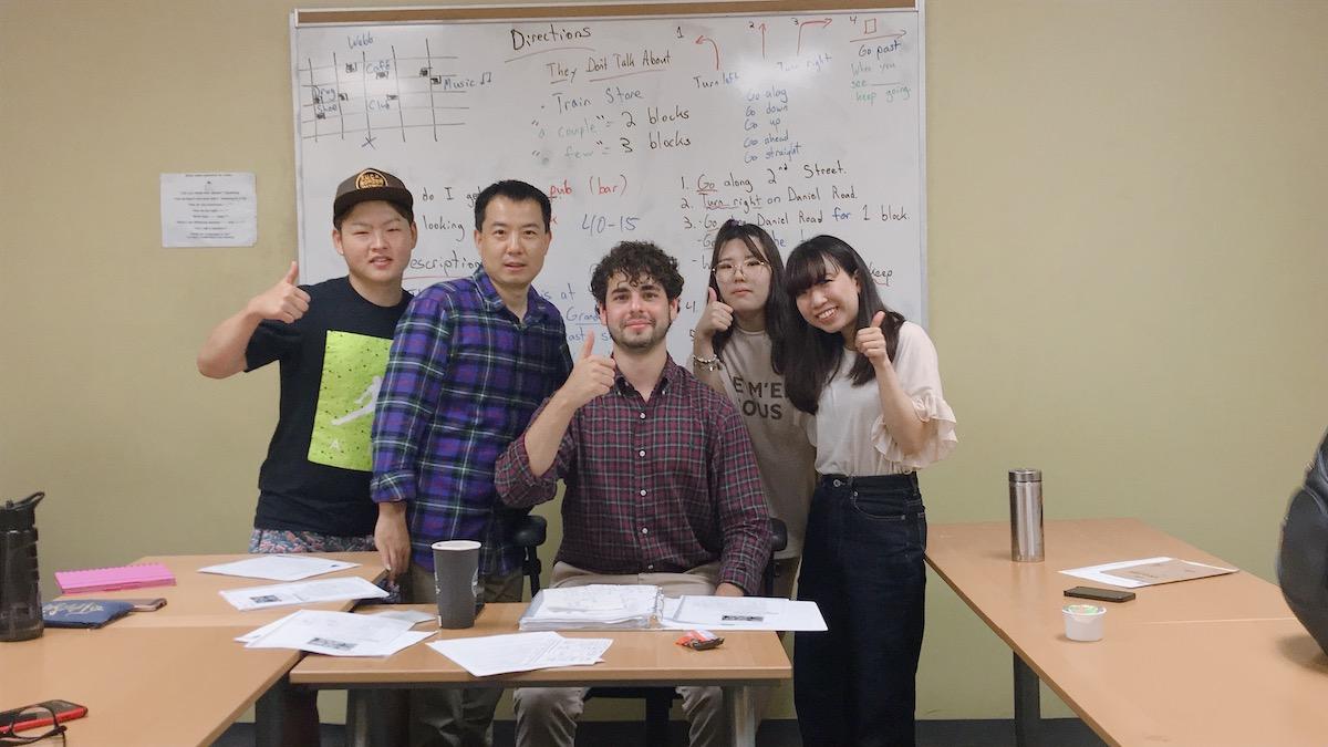 カナダ・トロントの語学学校での集合写真