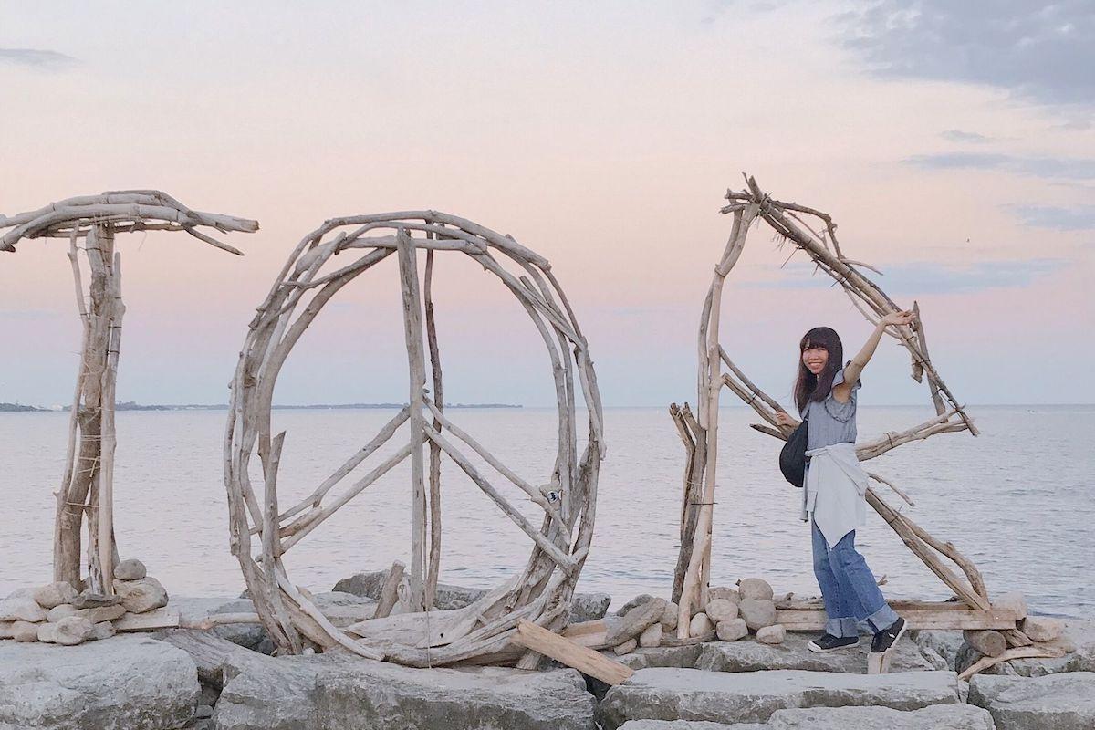 トロントのオンタリオ湖で記念撮影