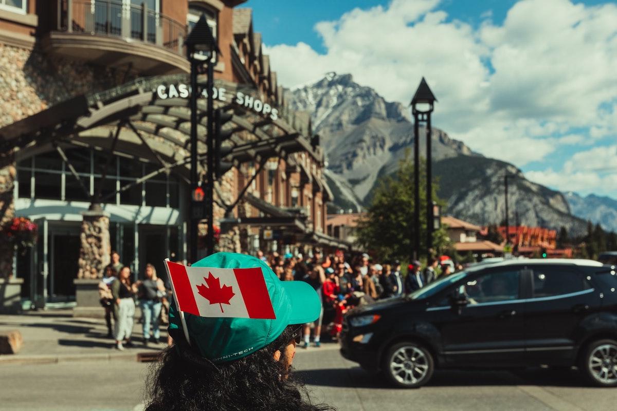 カナダでツアーする人