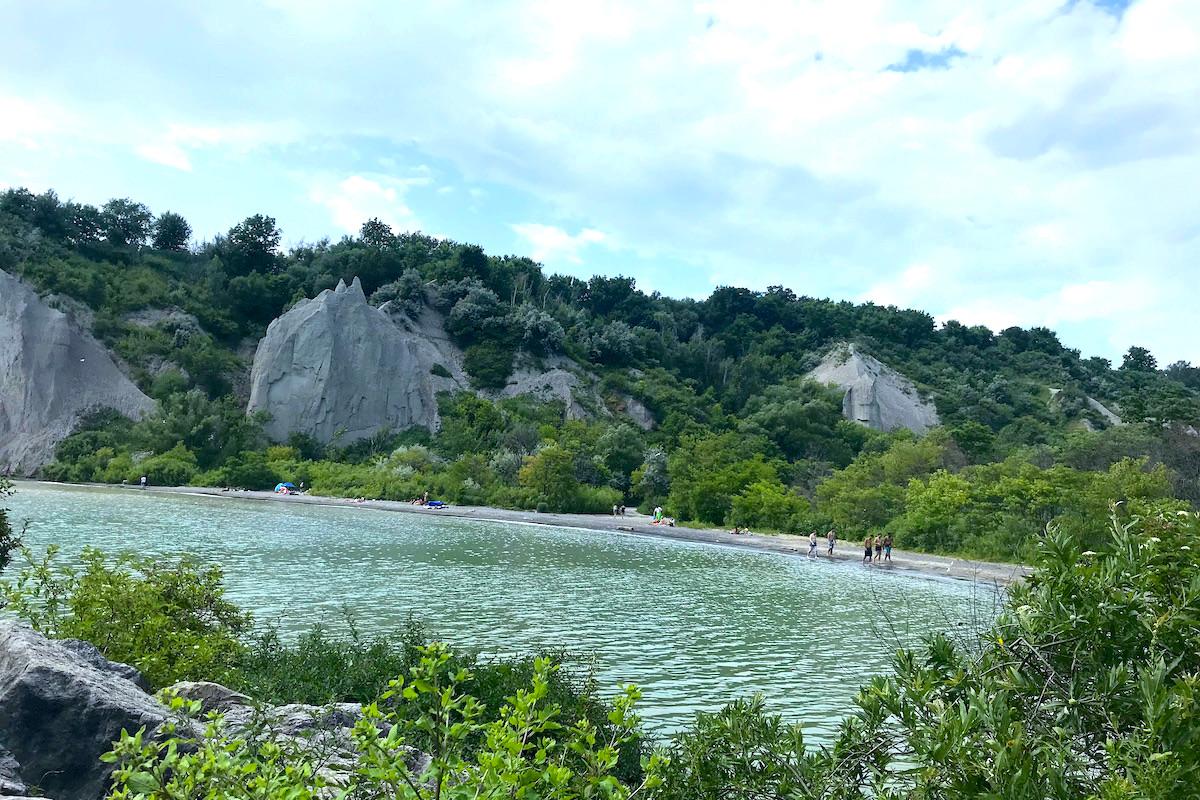 スカボローブラフスパークの崖